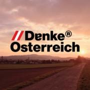 Marke DenkeÖsterreich auf Panoramabild Loosdorf bei Melk in Abendrotstimmung